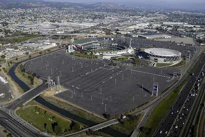 Confusion in Oakland over who gets Coliseum site — the city ...