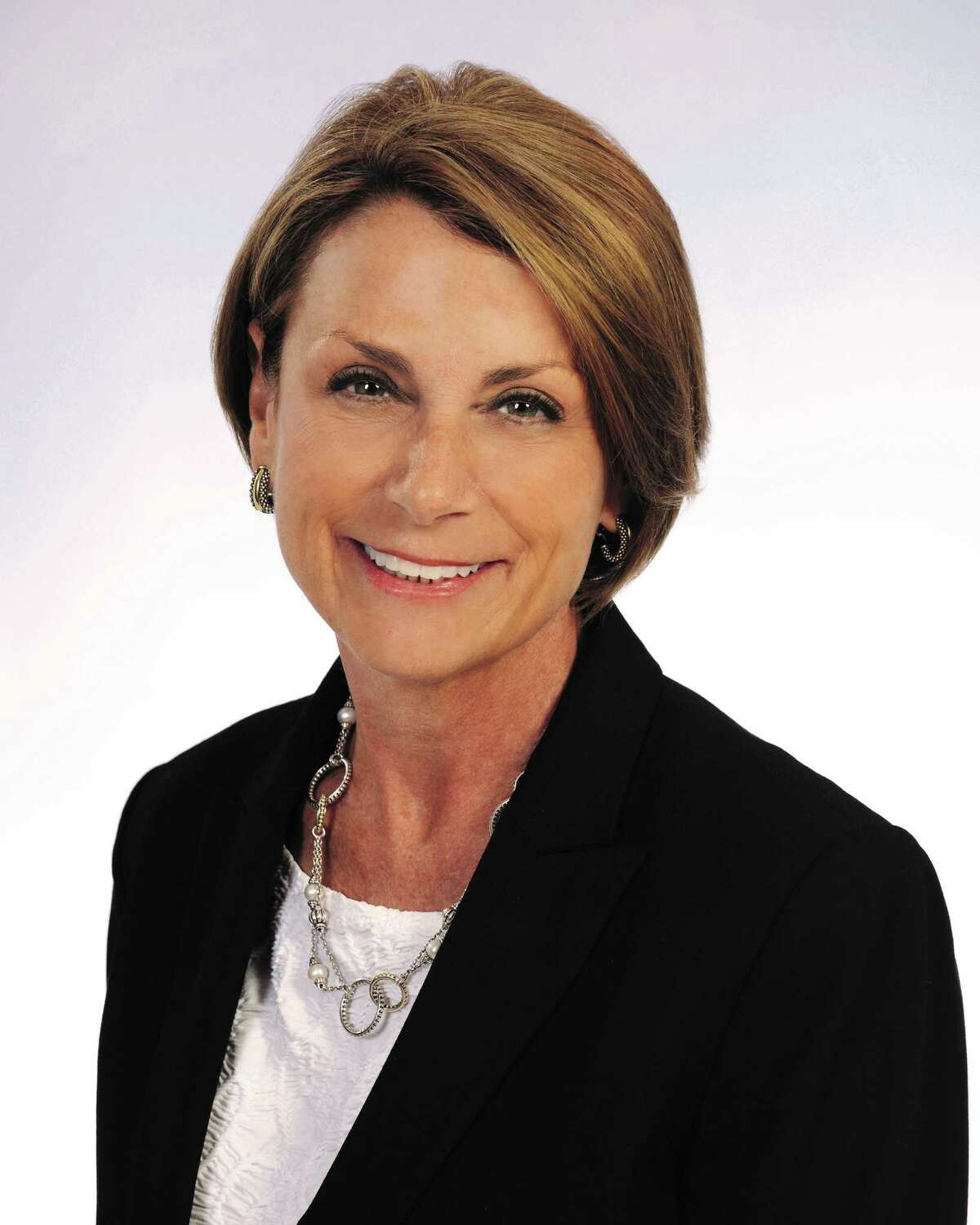 Beth Eaton has joined the Champions sales office of Better Homes and Gardens Real Estate Gary Greene.