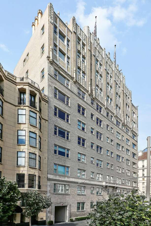 1100 Sacramento St., Unit 802, is located in the Park Lane Residences building in Nob Hill.