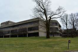 Less than 18 months after General Electric sold its treasury office building at 201 High Ridge Rd. in Stamford, Conn. and took a three-year lease, the property has been put up for new tenants in January 2017.