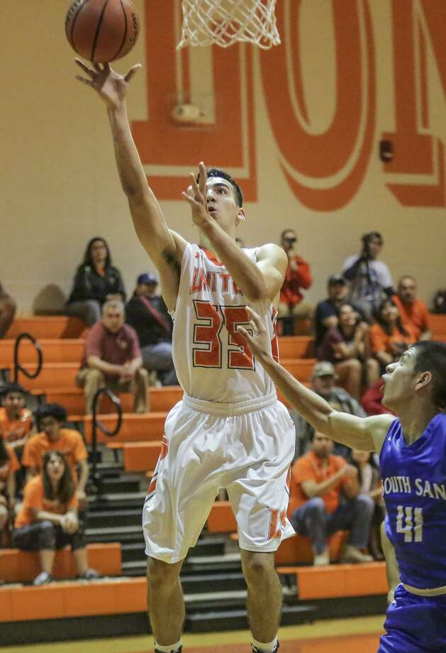 Abiel Canales and United will attempt to lock up the outright title Tuesday in the regular-season finale at South San. The Bobcats are trying to earn a share of the championship. Photo: Victor Strife /Laredo Morning Times File