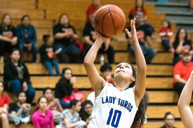 Cigarroa's Lari Cantu and the Lady Toros pulled away for a 58-45 win over Rio Grande City on Friday.