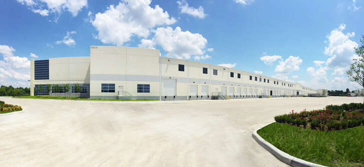 Stream Realty has leased the final space in its Bayou Bend Business Park in southwest Houston.