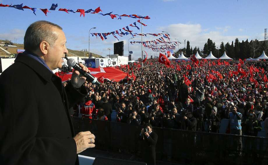 Turkish President Recep Tayyip Erdogan argues for constitutional reforms during a rally in Istanbul. The measures face a national plebiscite in April. Photo: Kayhan Ozer, Associated Press
