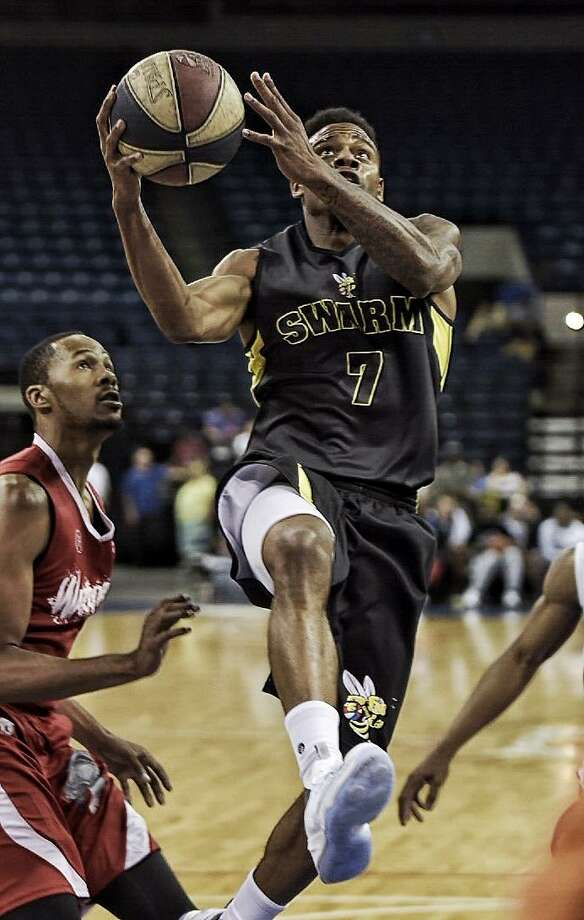 Kevin Jefferson Jr. and the Swarm get their much-awaited rematch with the DMV Warriors Saturday at 7 p.m. DMV, ranked No. 1 in the nation this year, knocked Laredo out of last year's postseason. Photo: Laredo Morning Times Staff File