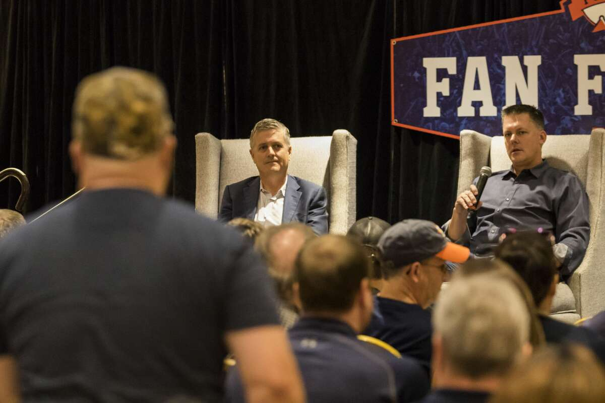 Astros' general manager Jeff Luhnow (left) and manager A.J. Hinch answer questions during the Fan Forum in the Diamond Club during Astros Fan Fest at Minute Maid Park on Saturday, Jan. 21, 2017, in Houston. ( Joe Buvid / For the Chronicle )