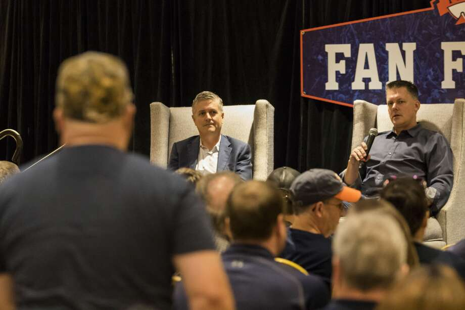 Astros' general manager Jeff Luhnow (left) and manager A.J. Hinch answer questions during the Fan Forum in the Diamond Club during Astros Fan Fest at Minute Maid Park on Saturday, Jan. 21, 2017, in Houston. ( Joe Buvid / For the Chronicle ) Photo: Joe Buvid/For The Houston Chronicle