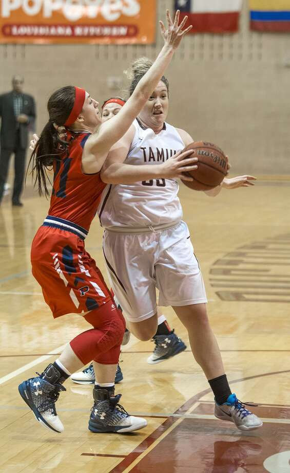 Hannah Beede had her fifth double-double of the season Saturday with 20 points and 13 rebounds in TAMIU's 55-52 win over Oklahoma Panhandle State. Photo: Danny Zaragoza /Laredo Morning Times