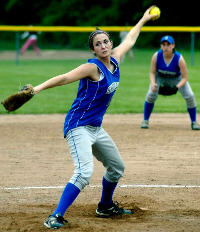 SPECTRUM/Gwen Clair pitches for Shepaug Valley High School softball, May 2010 Photo: Norm Cummings / The News-Times