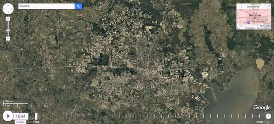 Google Maps shows the dramatic change in Houston's sprawl through the past 30-plus years. Photo: Google Maps Screenshot