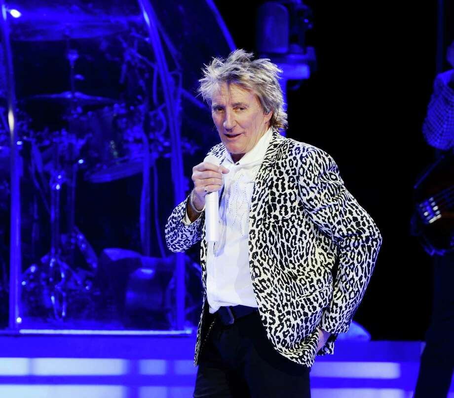 Rod Stewart has set a date for his upcoming concert in The Woodlands.