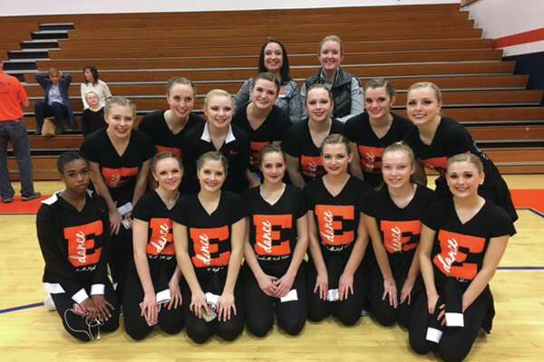 Edwardsville Varsity Dance Team took home 3rd place on Saturday, January 21 at the IHSA Sectionals. The EHS Dance Team will compete in Bloomington January 27 & 28 at the IHSA State finals.