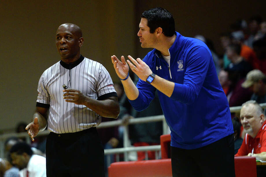 Buna boys' basketball head coach Bryan Whitmire argues with a referee during their game at Kountze on Friday night. Photo taken Friday 1/19/17 Ryan Pelham/The Enterprise Photo: Ryan Pelham / ©2017 The Beaumont Enterprise/Ryan Pelham