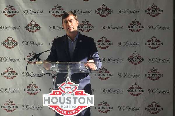 NFL senior vice president of events Peter O'Reilly addresses reporters in downtown Houston on Monday
