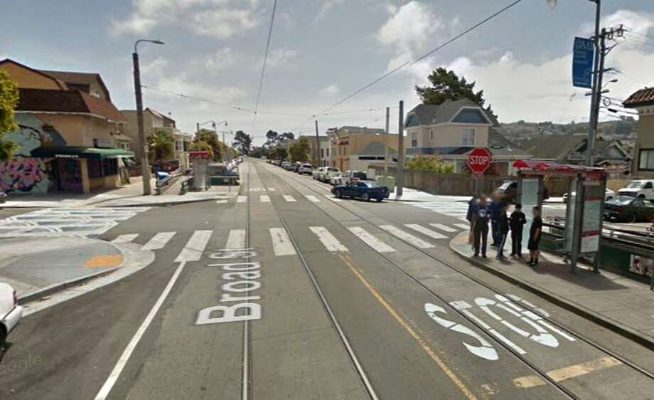 A Google street view images shows the intersection of Plymouth Avenue and and Broad Street where 18-year-old Josiah Lightfoot was shot and killed on Friday. Photo: Google / /