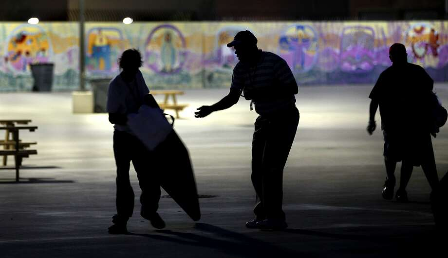 Laura's Law, which allows for the compelled treatment of mentally ill people, has proved in its first year in San Francisco to be a small but helpful step toward dealing with homelessness. Photo: BOB OWEN, SAN ANTONIO EXPRESS-NEWS