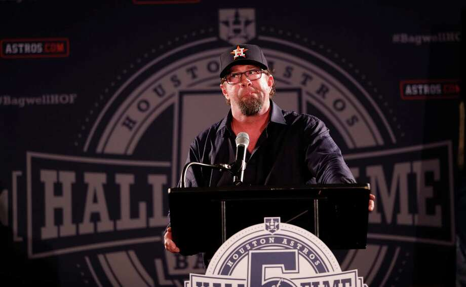 Jeff Bagwell speaks during a rally for his Hall of Fame election in Union Station at Minute Maid Park, Monday, January 23. Note the Astros Classic cap. Photo: Karen Warren, Houston Chronicle / 2017 Houston Chronicle
