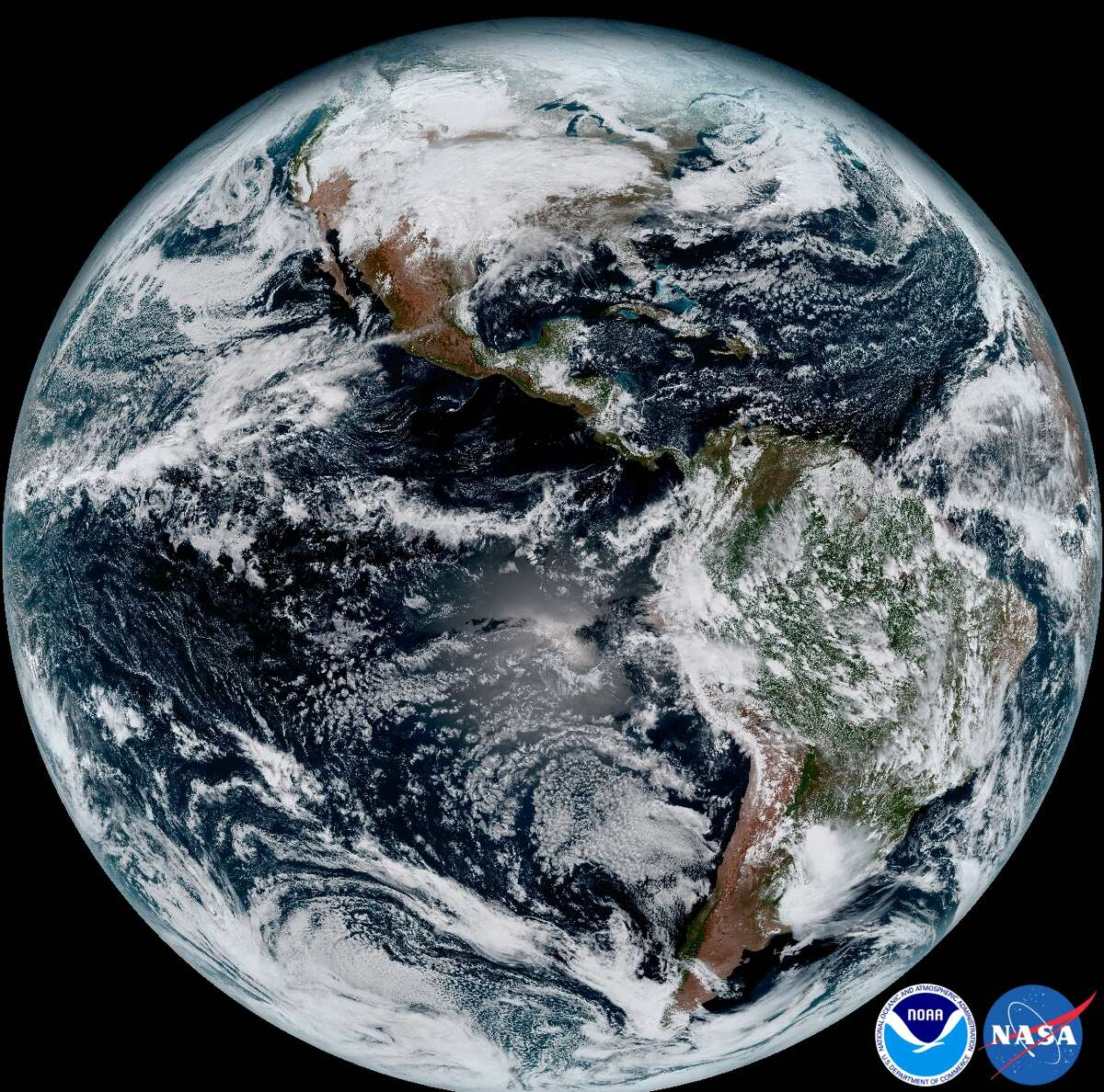 PHOTOS: Government's newest weather satellite Recent images of Earth taken by GOES-16, the National Oceanic and Atmospheric Administration's newest weather satellite. Click through to see the first images being sent back by the government's latest high-tech satellite.