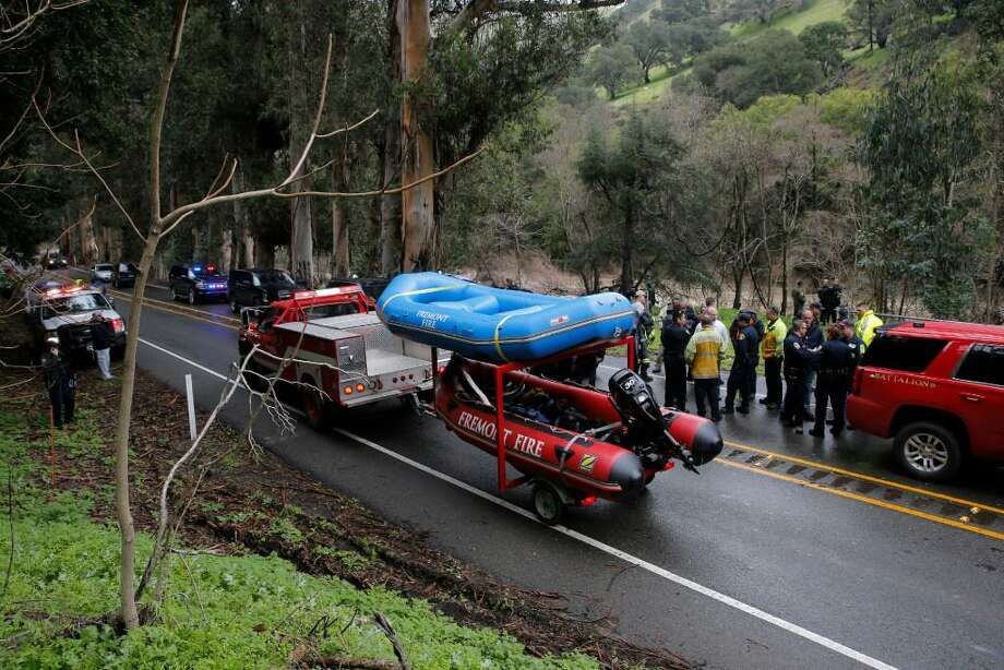 Niles Canyon Road was shut down on Monday as rescue personnel searched Alameda Creek for a missing 18-year-old Tracy woman. The California Highway Patrol will shut down the road on Tuesday to recover the woman's vehicle. Photo: Michael Macor / The Chronicle / /