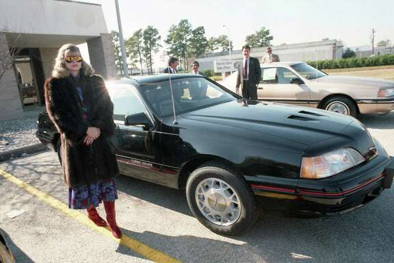 "Susan Cotton of Galleria Ford with the 1987 Thunderbird Turbo Coupe, named Motor Trend Magazine's ""Car of the Year,"" Jan. 5, 1987."