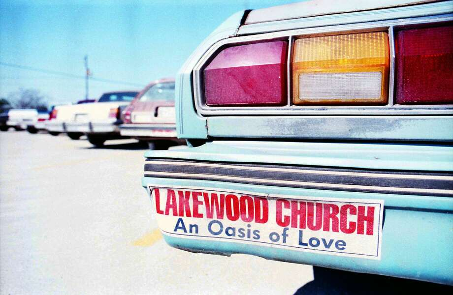 PHOTOS: What Houston looked like in 1987OutsideLakewood Church, 7400 E. Houston Road, Jan. 25, 1987.Click through to see what Houston looked like 30 years ago... Photo: Buster Dean/Houston Chronicle