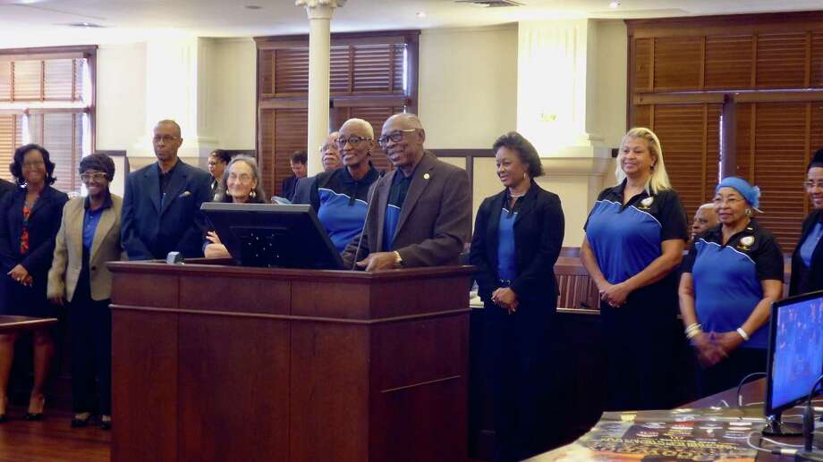 NAACP San Antonio Branch President Oliver W. Hill thanks Bexar County Commissioners Court for a $50,000 donation to the NAACP's national convention in San Antonio in 2018. Photo: John W. Gonzalez / Express-News Staff