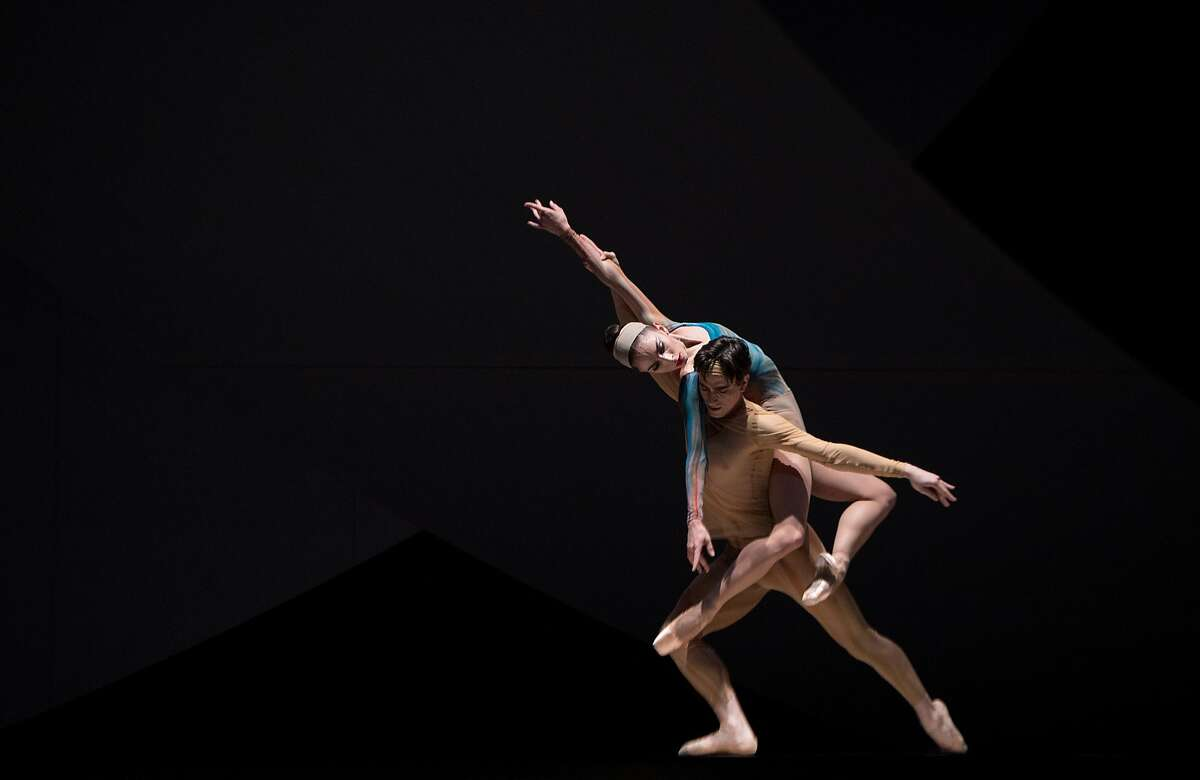 Joseph Walsh lifts Dores Andre during a dress rehearsal of the San Francisco Ballet's Fragile Vessels on January 24, 2017 in San Francisco.