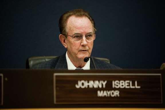 Pasadena Mayor Johnny Isbell