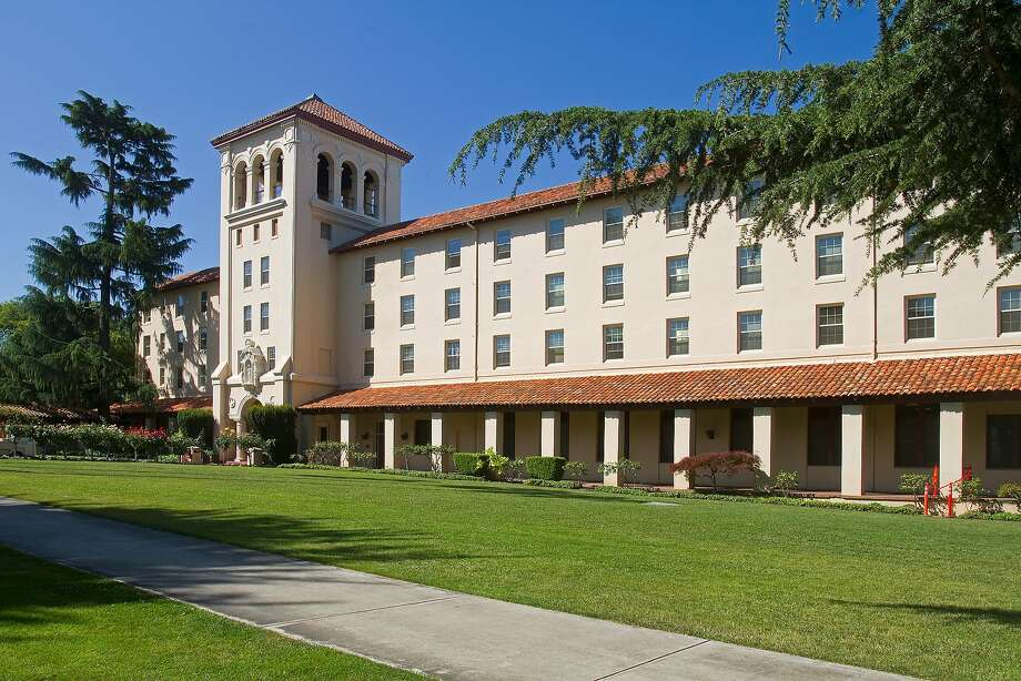 Santa Clara University, a private Jesuit University, Santa Clara, California, USA Photo: Mark Miller Photos, Getty Images