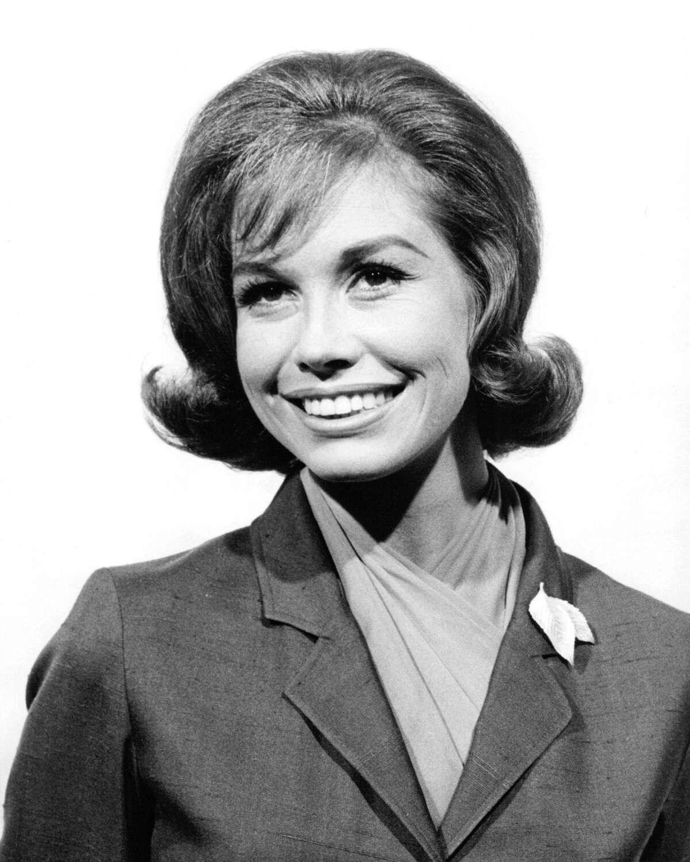 American actress Mary Tyler Moore, circa 1960.