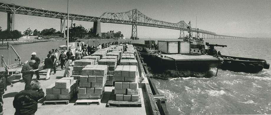 May 24, 1988: Marijuana/hashish seizure, the largest in U.S. history at that time, made in the San Francisco Bay. Photo: Tom Levy, San Francisco Chronicle