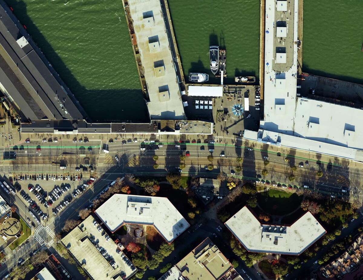 Pier 31 1/2 as seen from the sky on December 20, 2016. credit: SkyIMD