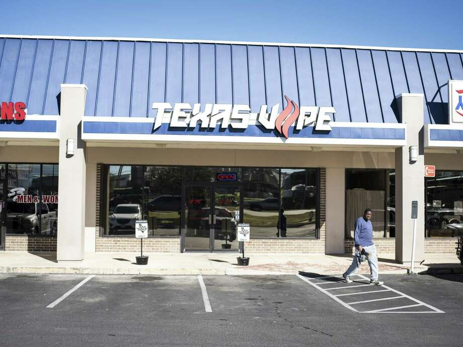The Texas Vape Store off of Austin Highway is run by Richard Tisdale, who owns two locations, on Monday, January 23, 2017 in San Antonio. A bill with bipartisan support in the Texas Legislature would raise the age at which one can buy tobacco products and e-cigarrettes from 18 to 21 years old. Photo: Matthew Busch /For The San Antonio Express-News / © Matthew Busch