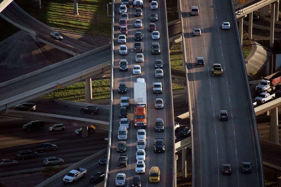 The U.S. 59/Loop 610 interchange made the American Transportation Research Institute's list of worst U.S. bottlenecks for truck drivers. Texas led the list with 14 locations, and 10 of those were in the Houston area. Photo: Smiley N. Pool, Staff / © 2014  Houston Chronicle
