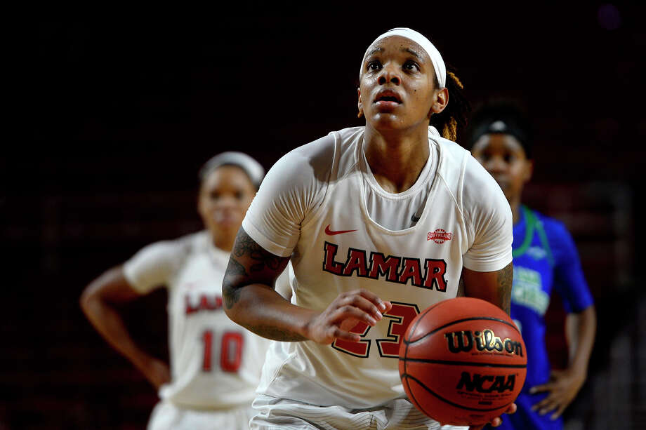 Lamar guard Moe Kinard takes a free throw during the second quarter of a women's basketball game against Texas A&M-Corpus Christi at the Montagne Center on Wednesday evening.  Photo taken Wednesday 1/25/17 Ryan Pelham/The Enterprise Photo: Ryan Pelham / ©2017 The Beaumont Enterprise/Ryan Pelham
