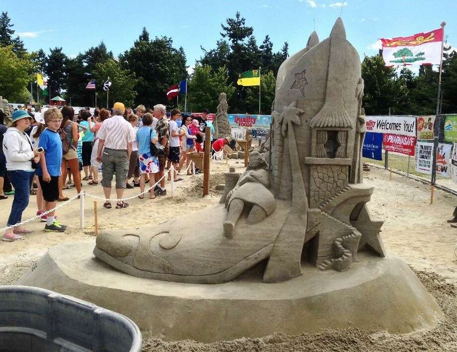 Here are 9 new features coming to the San Antonio Stock Show & Rodeo.1. Sandy FeetStraight from South Padre Island, professional sand sculptor Sandy Feet (aka Lucinda Wierenga) and her team will impress attendees with their beachy-keen sand castles. Daily, Texas Wildlife Expo. Photo: Courtesy San Antonio Stock Show & Rodeo