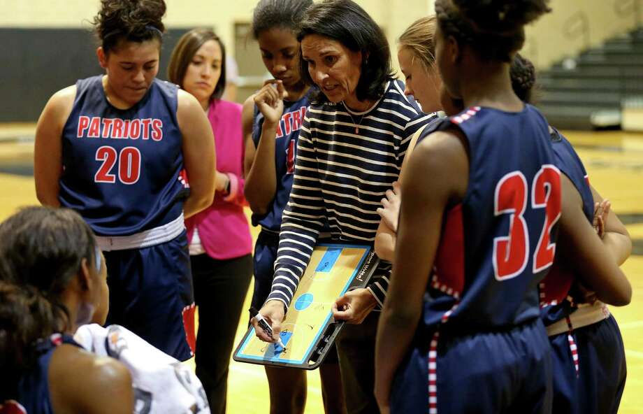 Veterans Memorial High School junior varsity girls basketball coach Christina Camacho draws up a play during the game against Churchill held Friday Jan. 20, 2017 at Churchill High School. Churchill won 47-40. Photo: Edward A. Ornelas, Staff / San Antonio Express-News / © 2017 San Antonio Express-News