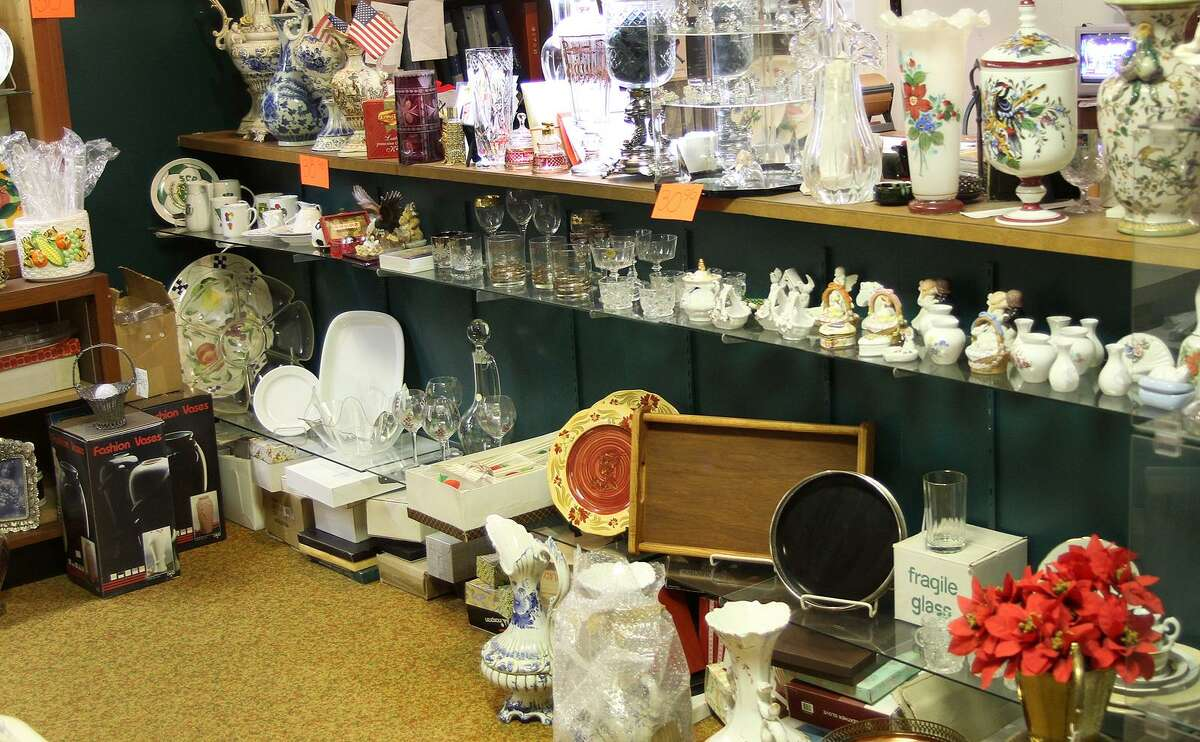 European Furniture on Main Street in Danbury, Conn., will close by the end of January 2017.