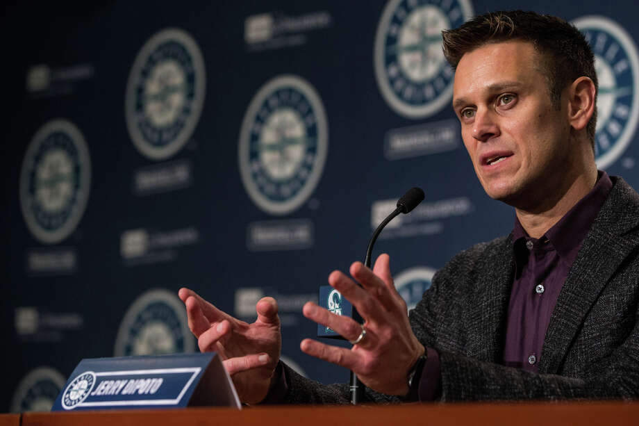 Mariners General Manager Jerry Dipoto speaks at the annual pre-spring training press conference at Safeco Field on Thursday, Jan. 26, 2017. Photo: GRANT HINDSLEY, SEATTLEPI.COM / SEATTLEPI.COM