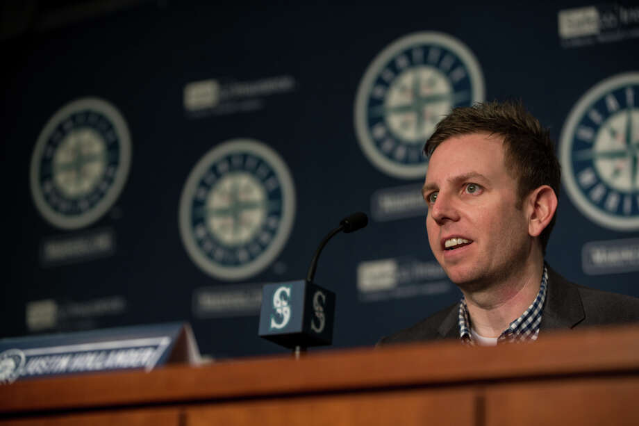 Mariners Director of Baseball Operations Justin Hollander speaks to press at the annual pre-spring training press conference at Safeco Field on Thursday, Jan. 26, 2017. Photo: GRANT HINDSLEY, SEATTLEPI.COM / SEATTLEPI.COM