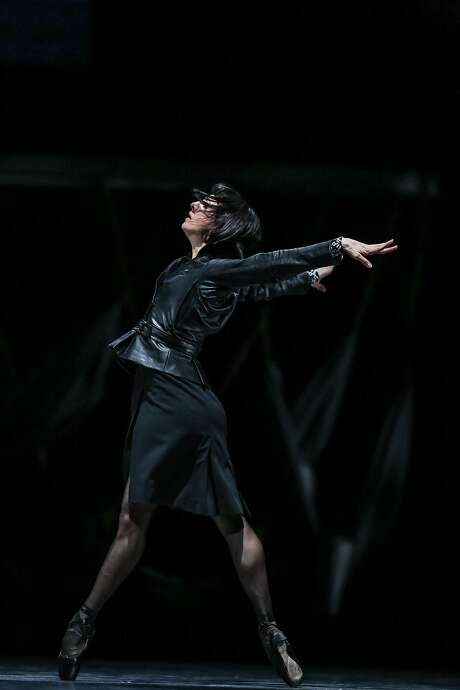 SF Ballet's Lorena Feij—o performs in a dress rehearsal of Optimistic Tragedy on Thursday, January 26, 2017 in San Francisco, Calif. Photo: Amy Osborne, Special To The Chronicle