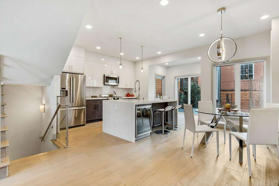Updated trilevel in bernal heights open sunday sfgate - Limpressionnante residence bernal heights san francisco ...