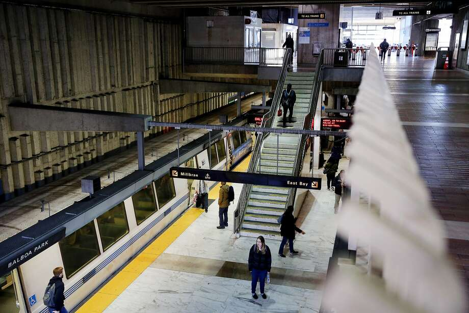 A Daly City bound BART train arrives at the Balboa Park Station on Friday, Jan. 27, 2017, in San Francisco, Calif. Photo: Santiago Mejia, The Chronicle