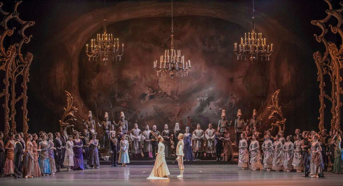 Artists of Ballet de Santiago in Sir Kenneth MacMillan's