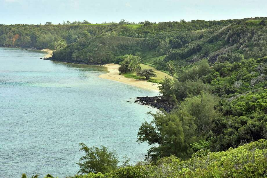 Facebook CEO Mark Zuckerberg and his wife, Priscilla Chan, are dropping lawsuits seeking to buy out Native Hawaiians who own small parcels of land within their 700-acre Kauai estate. Photo: Associated Press /File Photos / photospectrumkauai.com