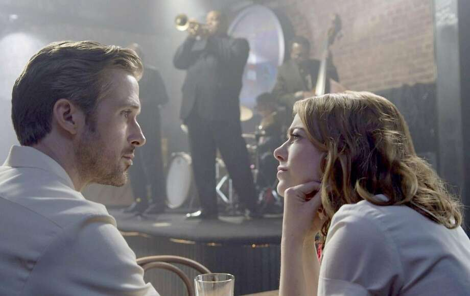 """Sebastian (Ryan Gosling) and Mia (Emma Stone) in """"La La Land."""" Photo: Lionsgate"""