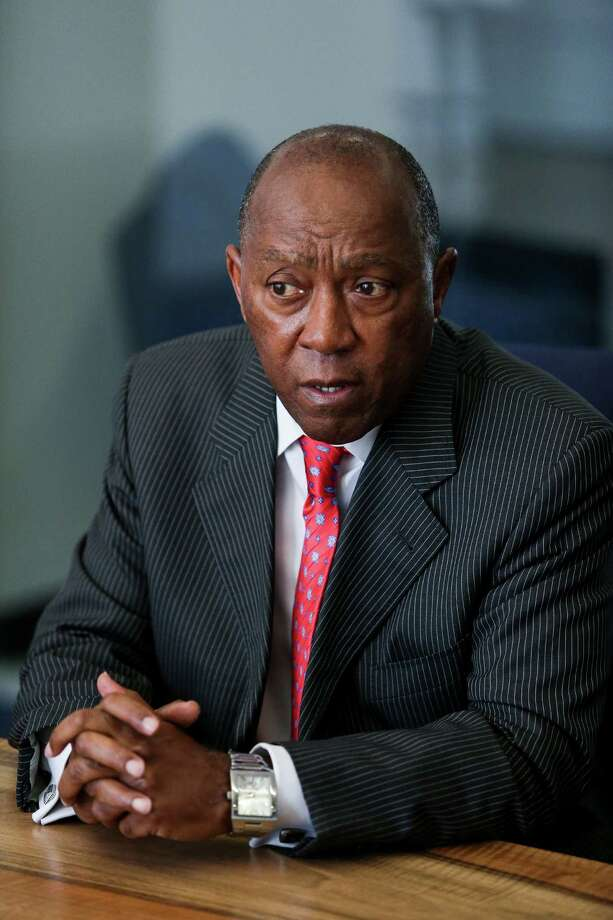 Houston mayor Sylvester Turner speaks to the Houston Chronicle editorial board Thursday, July 21, 2016. ( Michael Ciaglo / Houston Chronicle ) Photo: Michael Ciaglo, Staff / © 2016  Houston Chronicle