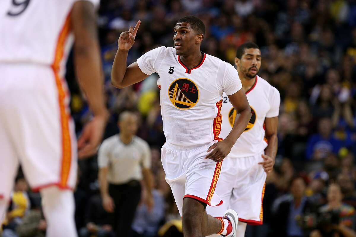 Golden State Warriors forward Kevon Looney (5) during the second half of an NBA basketball game between the Golden State Warriors and the Los Angeles Clippers at Oracle Arena on Saturday, Jan. 28, 2017 in Oakland, Calif. Warriors won 144-98.