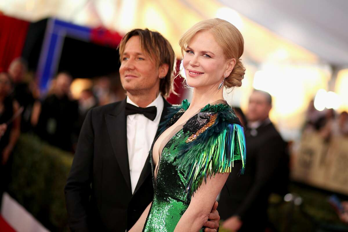 LOS ANGELES, CA - JANUARY 29: Musician Keith Urban and actor Nicole Kidman attend The 23rd Annual Screen Actors Guild Awards at The Shrine Auditorium on January 29, 2017 in Los Angeles, California. 26592_012 (Photo by Christopher Polk/Getty Images for TNT)