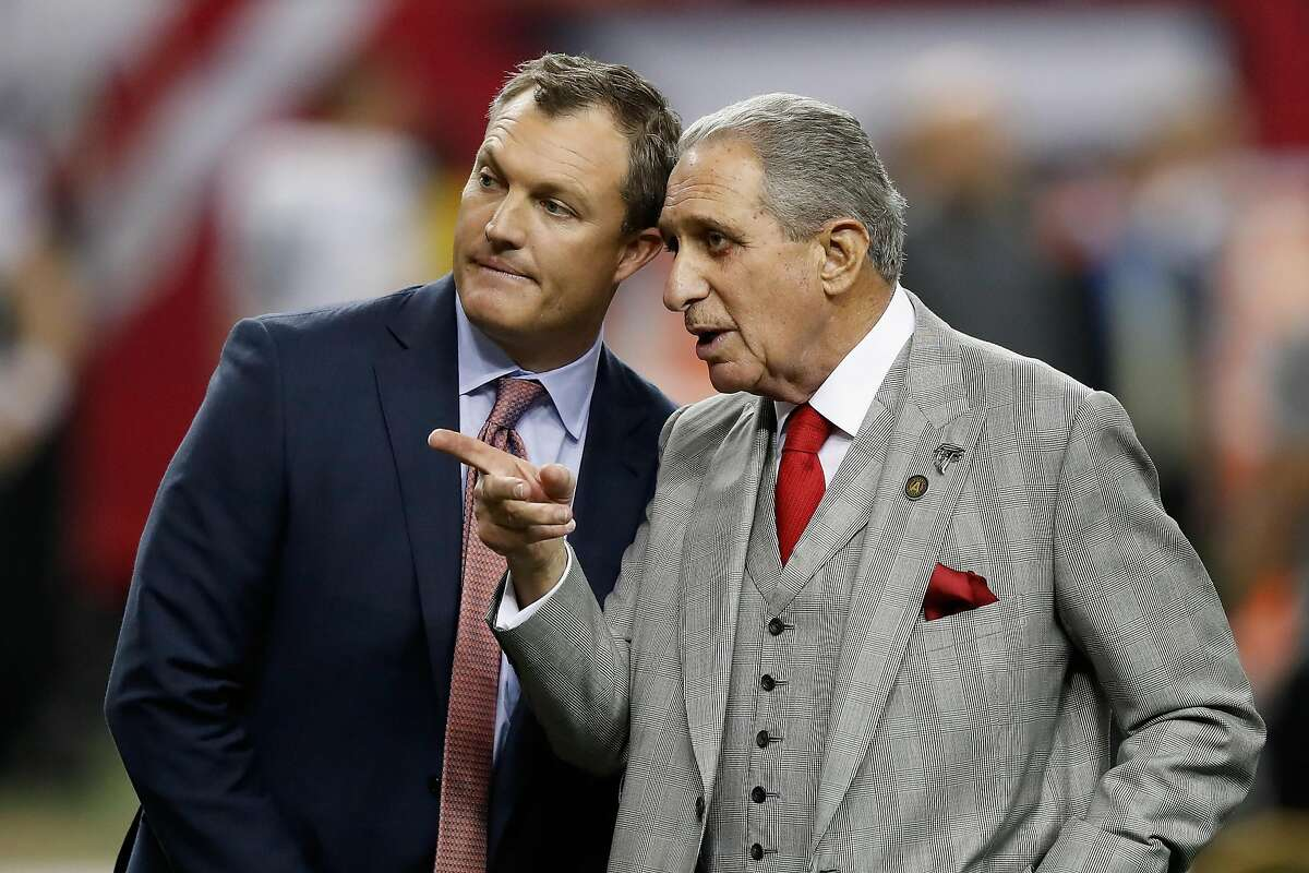 ATLANTA, GA - JANUARY 14: Atlanta Falcons owner Arthur Blank stands with TV analyst John Lynch prior to the game against the Seattle Seahawks at the Georgia Dome on January 14, 2017 in Atlanta, Georgia. (Photo by Gregory Shamus/Getty Images)